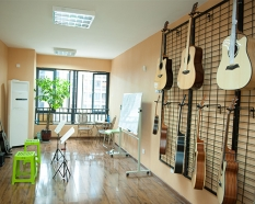 五里店吉他超大教室