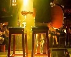 音乐会吉他弹唱