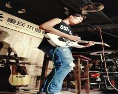 电吉他学员表演